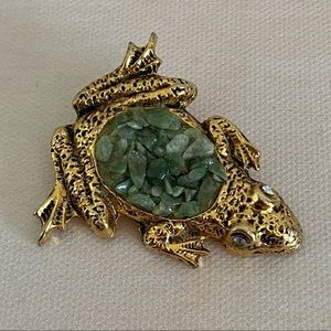 VINTAGE Gold Frog Brooch with Green Stones